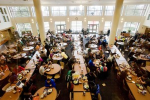 Students dine Wednesday noon time at The Gallery cafeteria inside Snyder-Phillips Hall. Students are concerned about the crowdedness of campus cafeterias, especially during high traffic hours of the day. Justin Wan/The State News